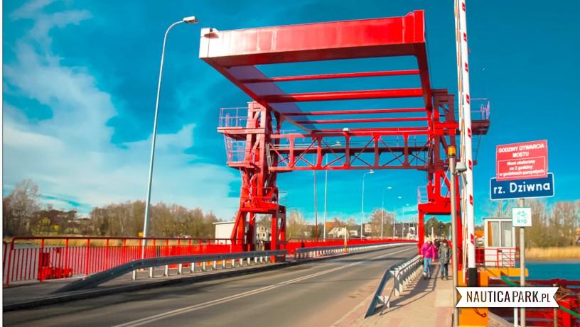 Atrakcje Dziwnów - most zwodzony.